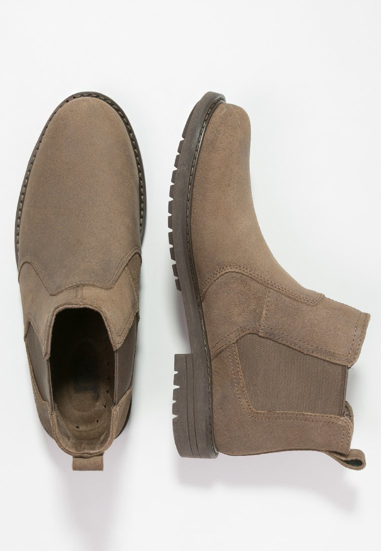 Chelsea boots 12