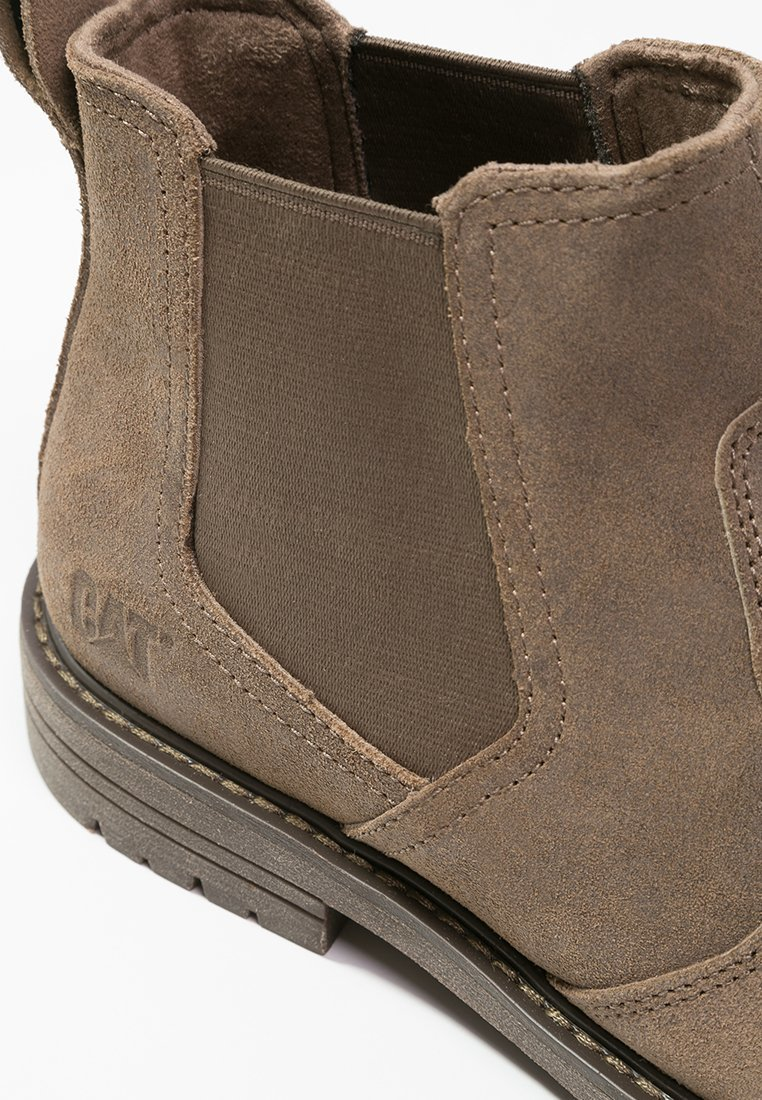 Chelsea boots 11