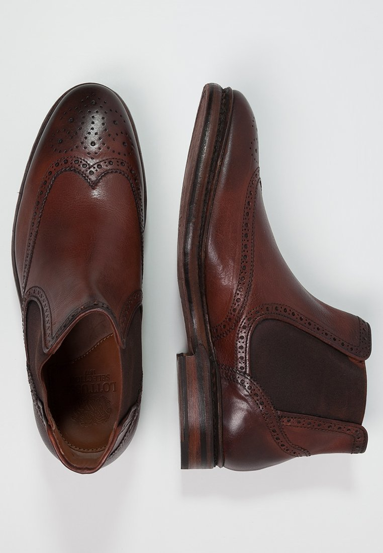 chelsea boots 5