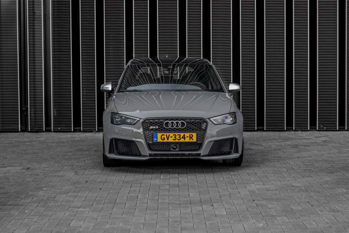 Audi RS3 - Manify2