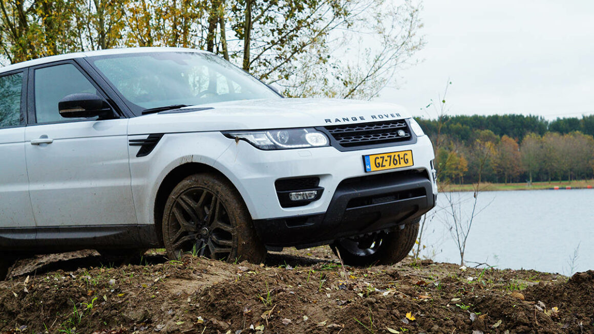 Manify Rang Rover Sport OffRoad11