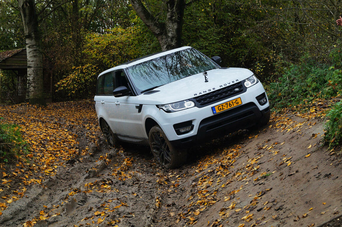 Manify Rang Rover Sport OffRoad4