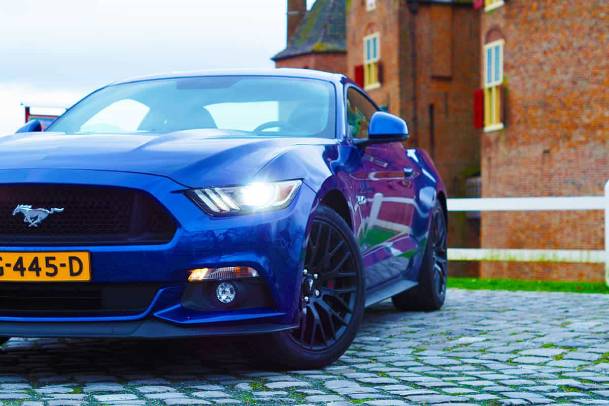 Ford Mustang-12