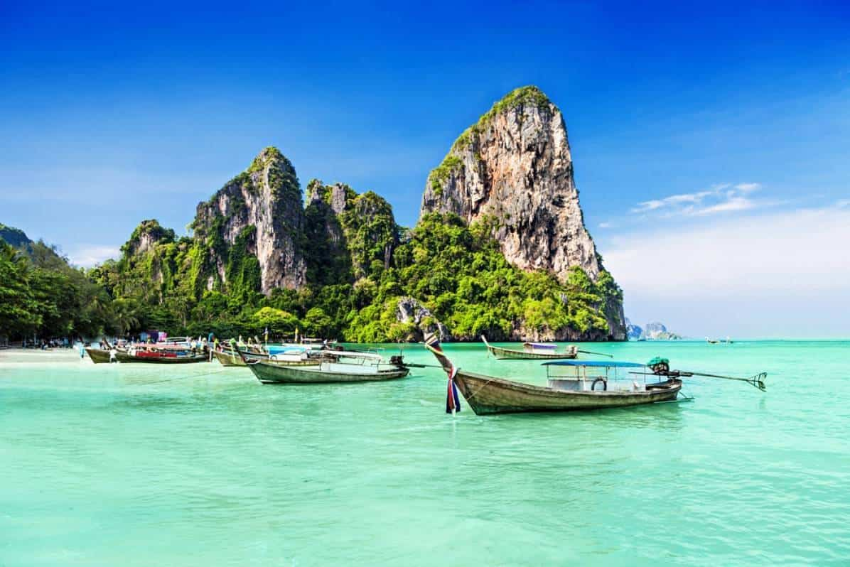 Thailand-longtail-boats