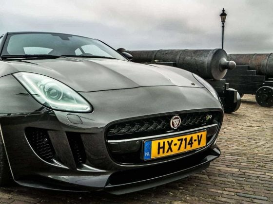 Jaguar F-type-4
