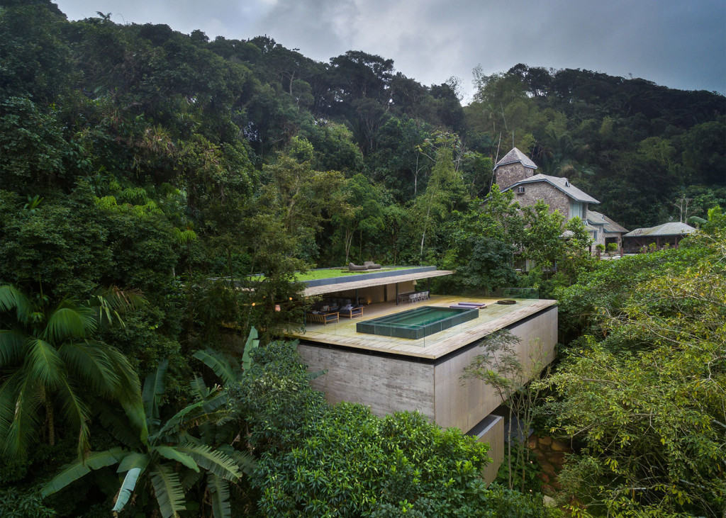 jungle-house-mk27-brazil-rainforest-fernando-guerra-extra_dezeen_1568_19-1024×731