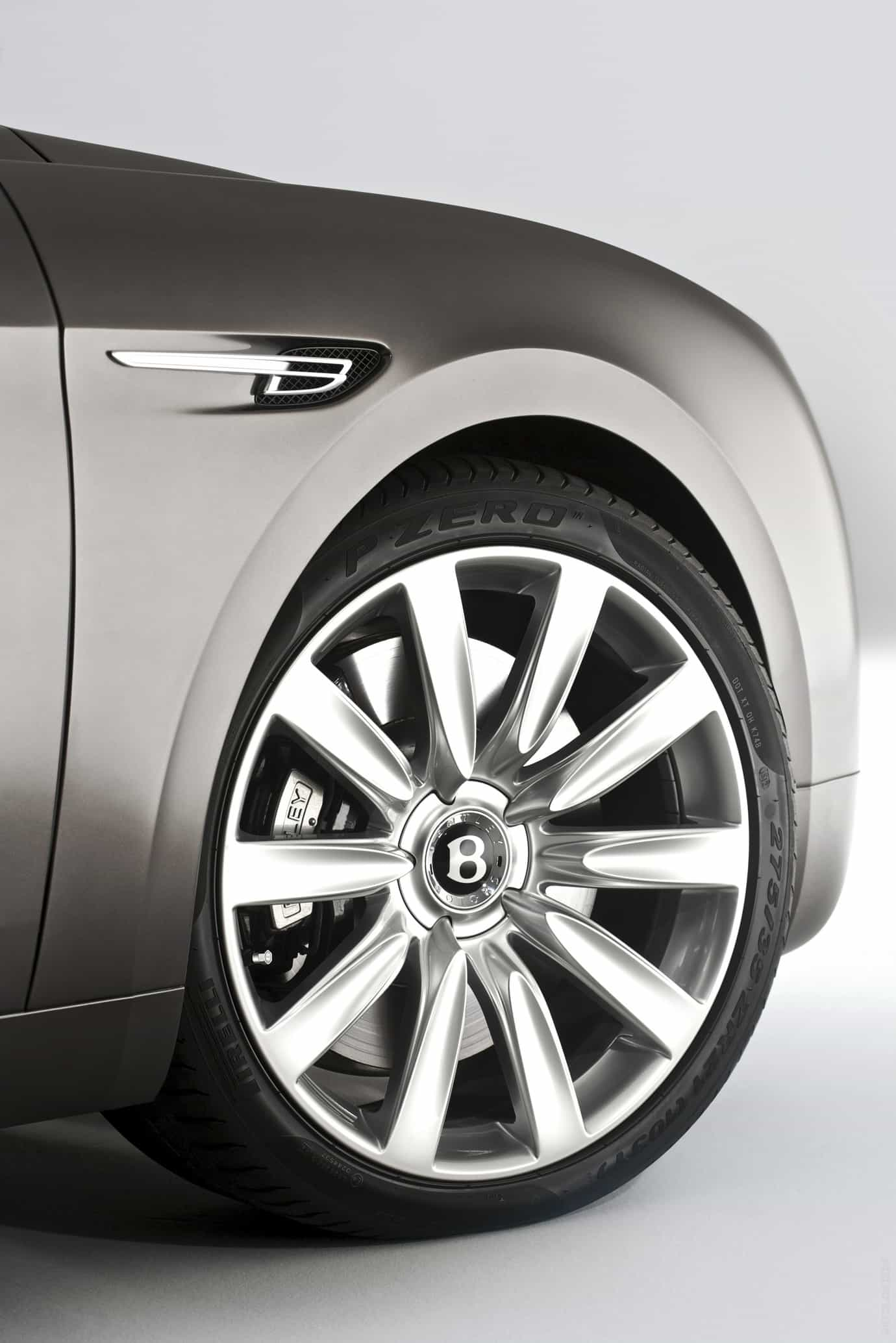 Bentley-flying-spur-w12-5