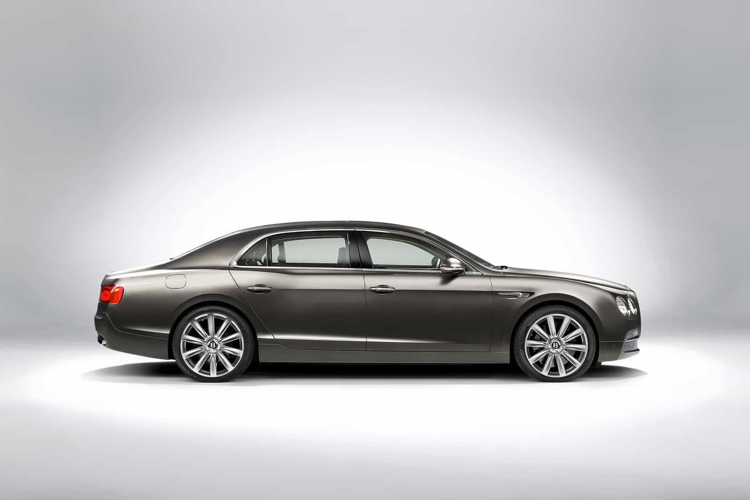 Bentley-flying-spur-w12-8