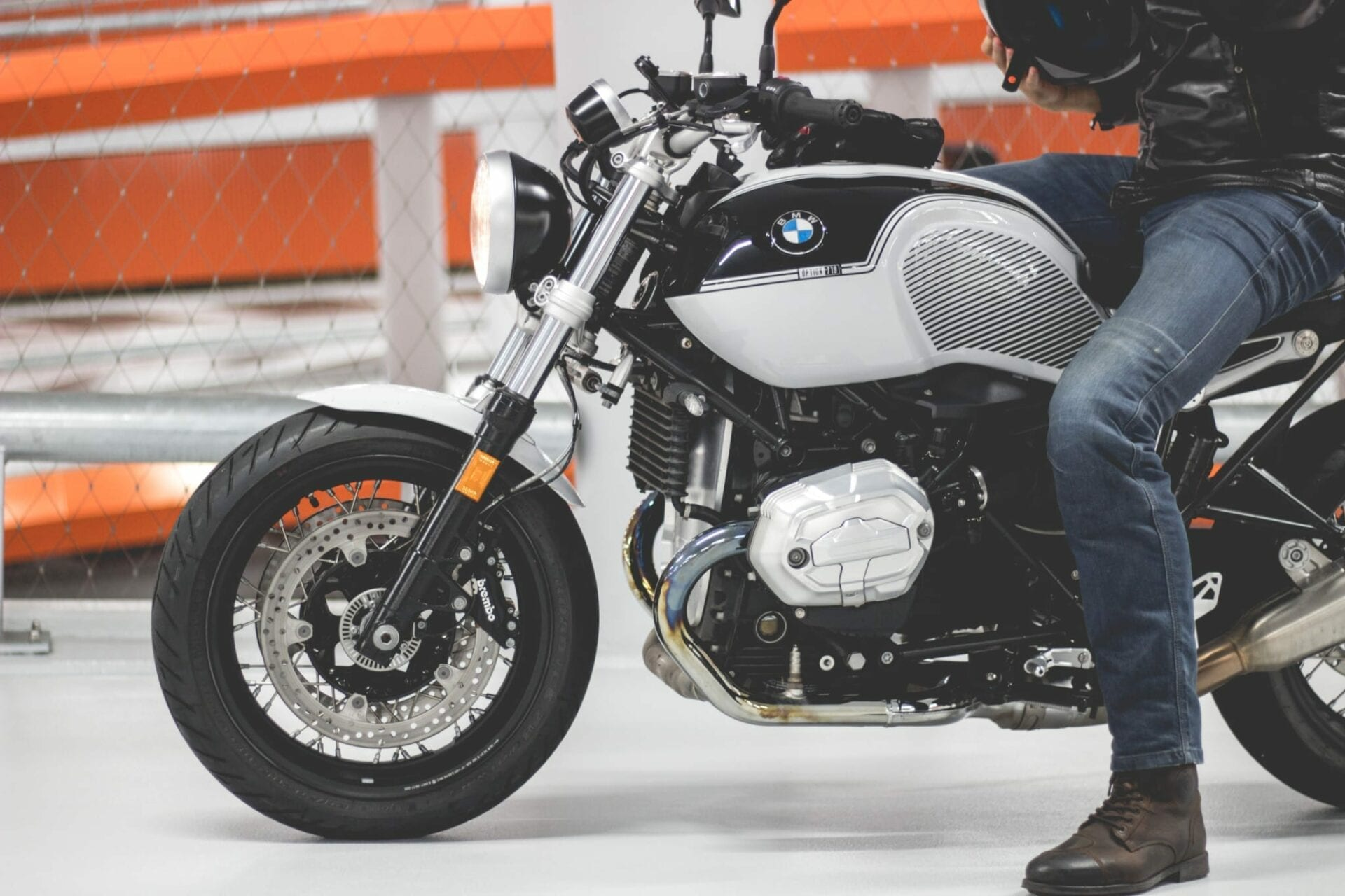 BMW R nineT Pure header
