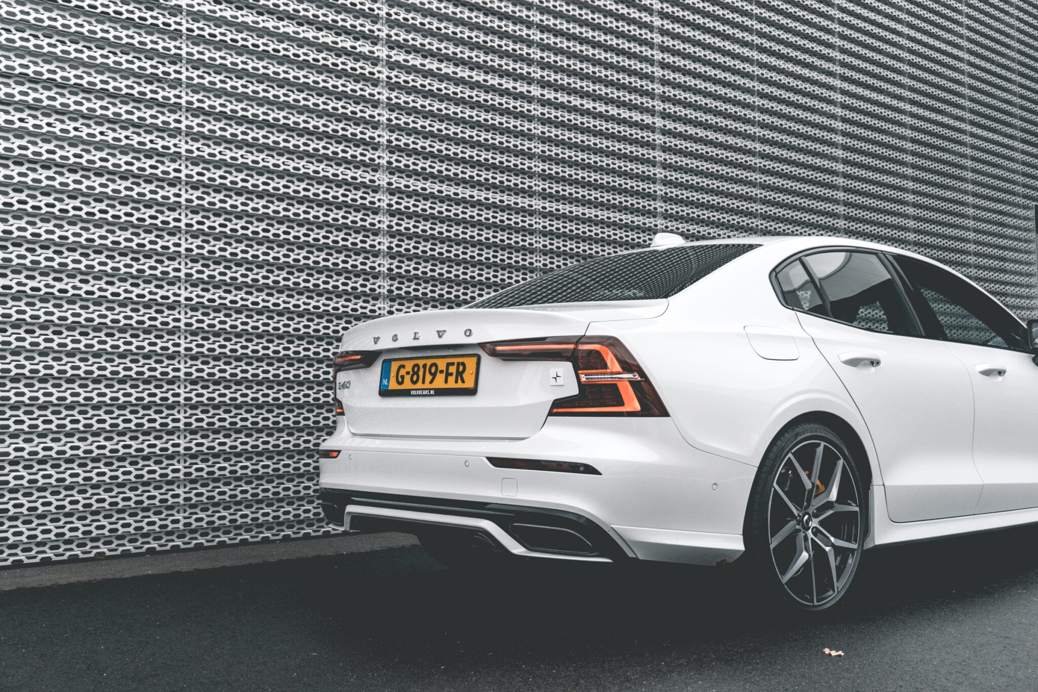 Volvo S60 Polestar Engineered back